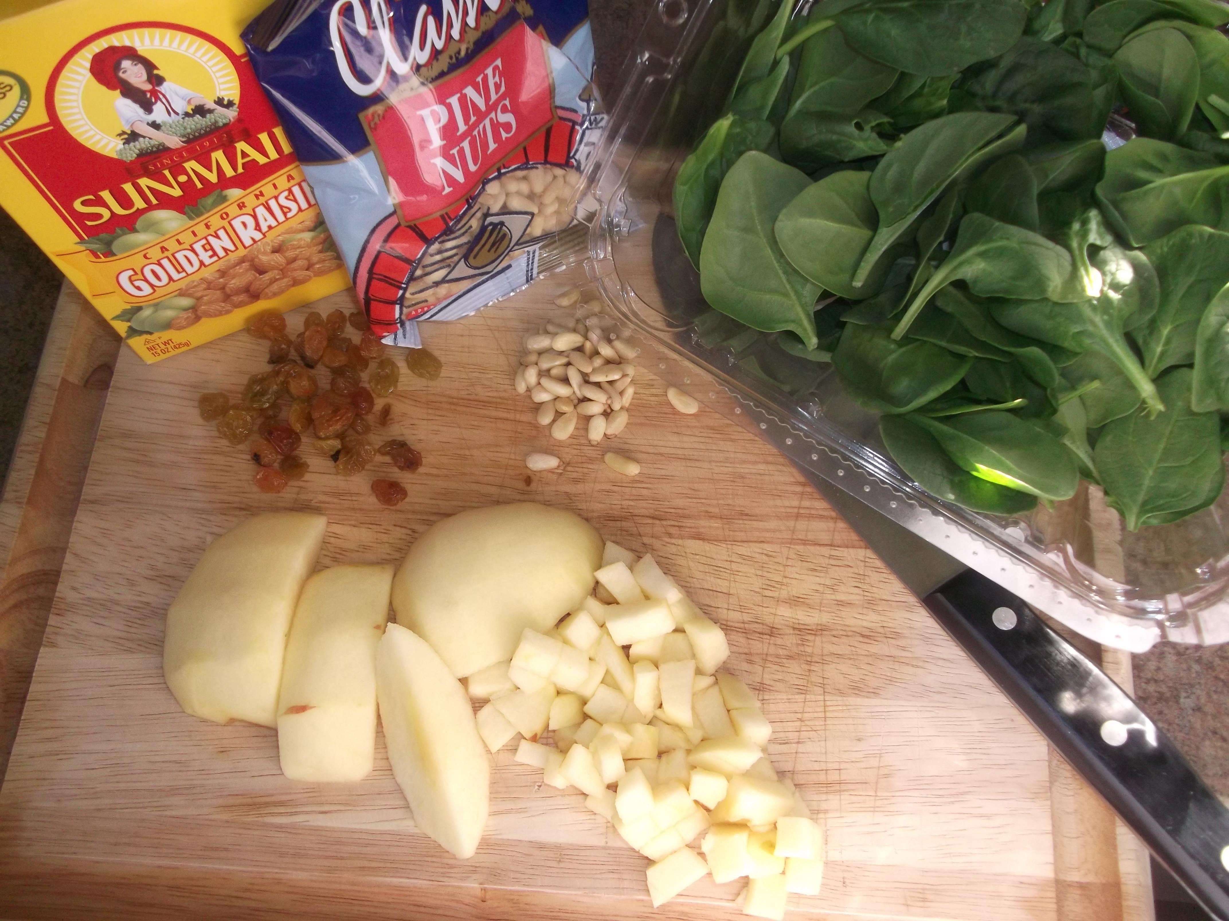 Catalan Style Spinach (Espinaca a La Catalan) – Diane's ...