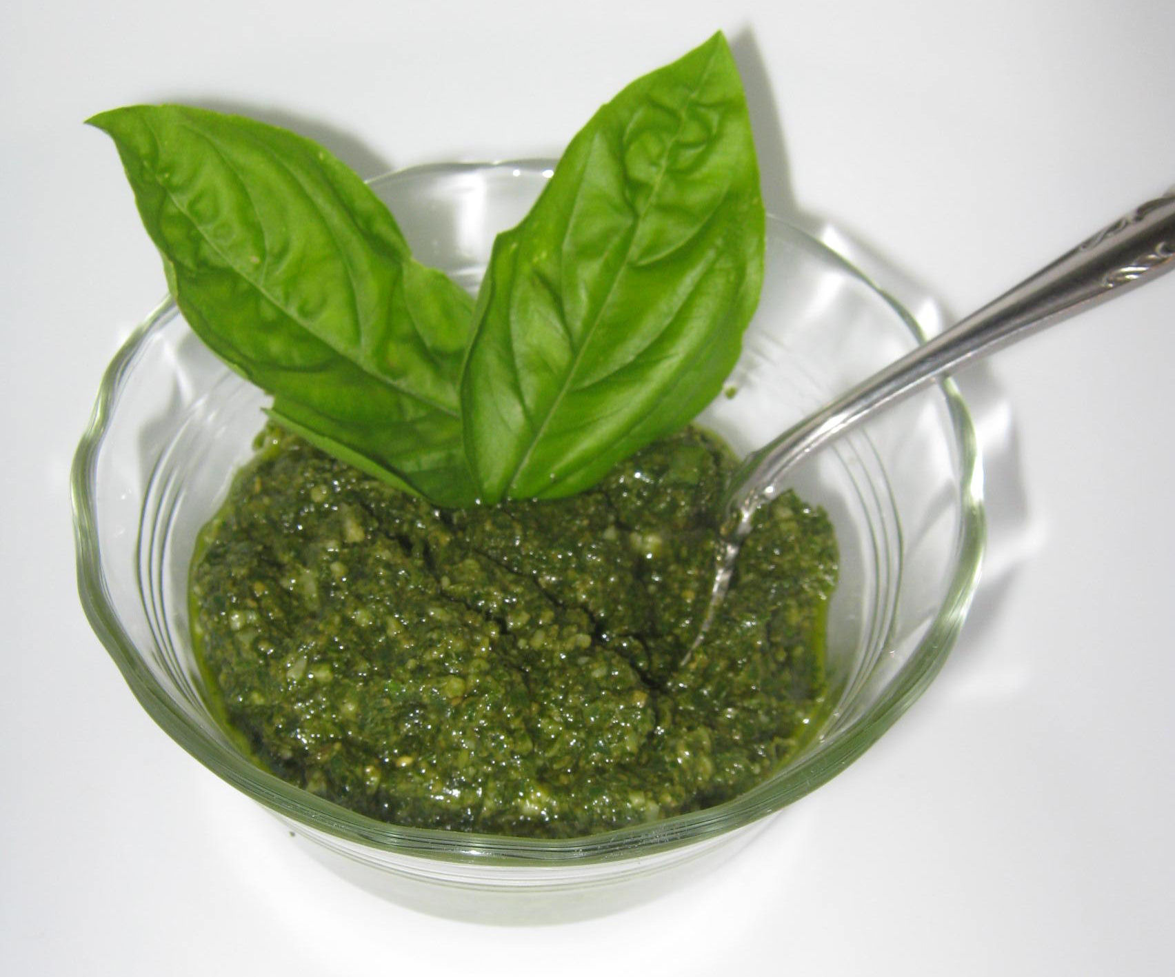 Fresh Basil Pesto | Diane's Food Blog