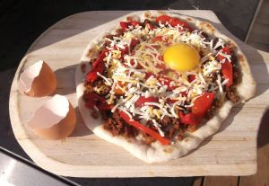 Chorizo Egg Pizza 018