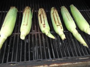 Grilling corn 007