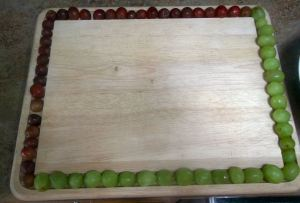 Slicing Grapes 015