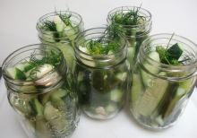 Dill pickles 010